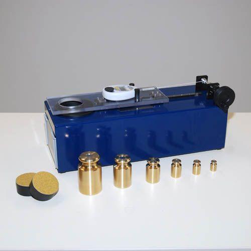 Surface shear test apparatus, set