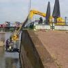 Huzarenstukje bij de zetting van de IJsselkade in Zutphen